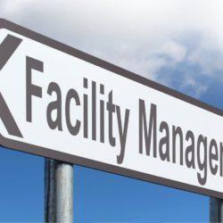 Cartello stradale che indica la direzione verso il facility management